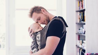 1ee920817a1 Porte-bébé ou écharpe de portage   comparatif pour choisir