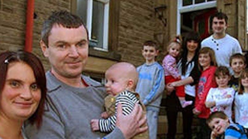 Une famille anglaise accueille son 18e enfant !