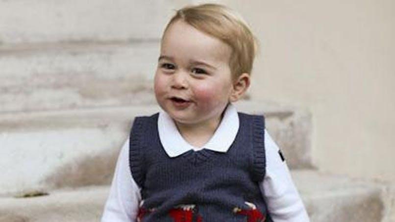 Le prince George, classé parmi les « hommes » les mieux   habillés