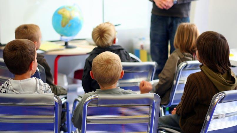 Minute de silence à l'école : les témoignages des   mamans