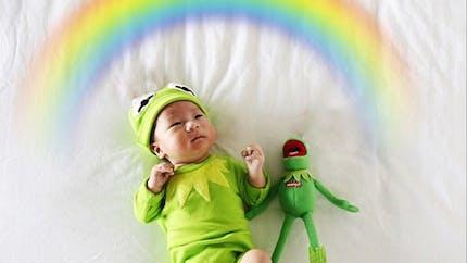 Photos : une maman met en scène son bébé avec   humour