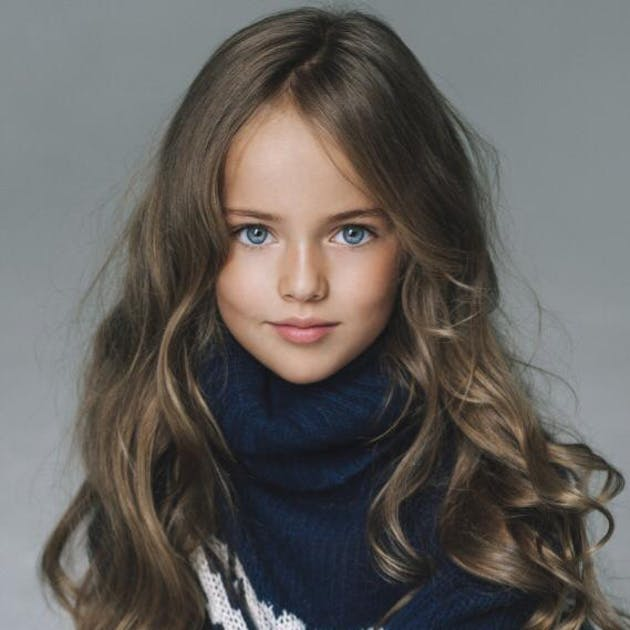 kristina pimenova la plus belle petite fille du monde. Black Bedroom Furniture Sets. Home Design Ideas