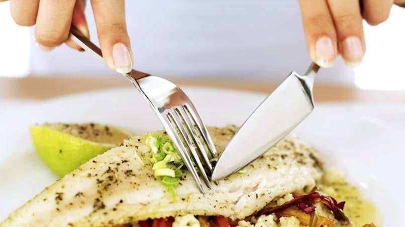 Grossesse : manger du poisson gras est bon pour le   bébé