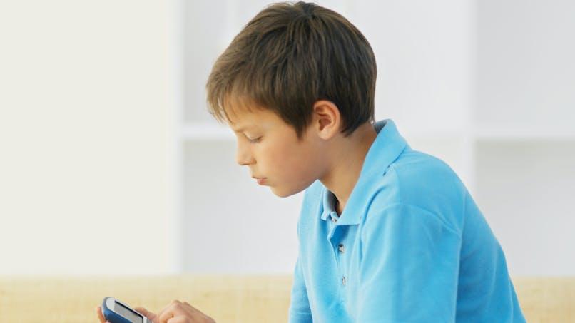 Taïwan : 1400 euros d'amende pour les enfants qui   consomment trop d'écrans