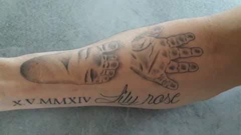 Le tatouage d'Allison pour Lily Rose