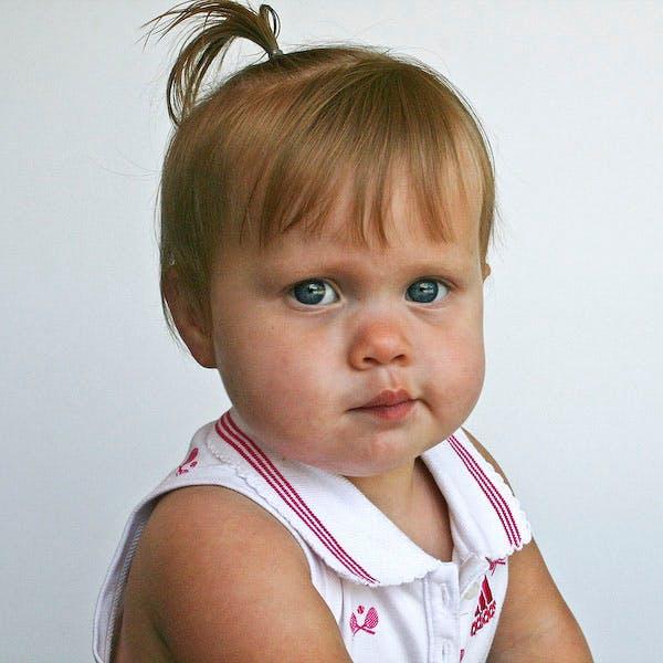 Coiffure petite fille : palmier