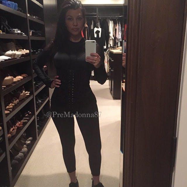 Kourtney Kardashian, 2 mois après son         accouchement