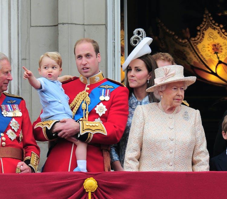 A l'anniversaire de la reine