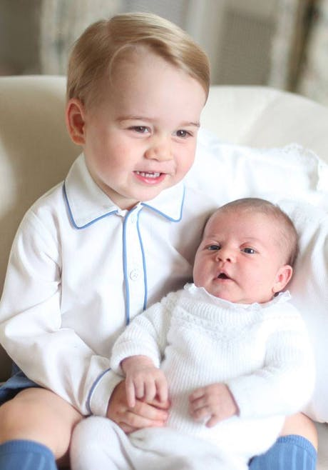 Le prince George, un grand frère modèle