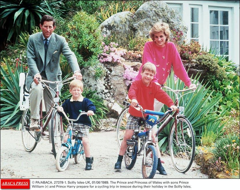 La famille royale à vélo
