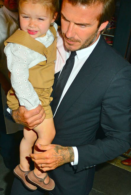 C'est Harper, la fille de David et Victoria         Beckham