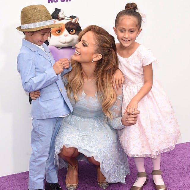 Il s'agit de Maximilian et de Emme, les enfants de         Jennifer Lopez