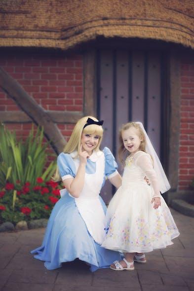 Giselle et Alice au pays des merveilles
