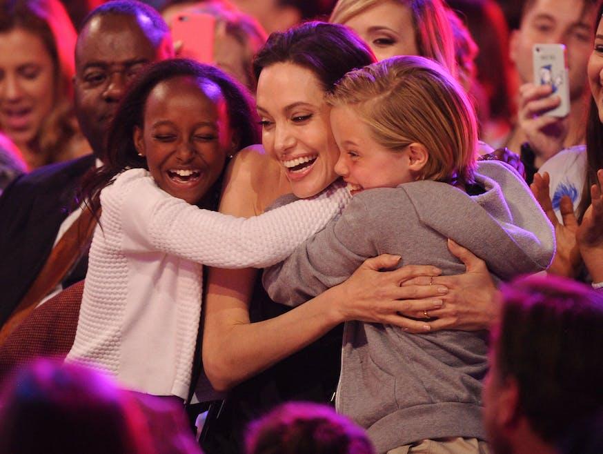 Angelina Jolie : ses enfants bientôt tatoués ?