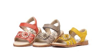 09e20d447 Chassures d'été : 20 sandales craquantes pour filles | PARENTS.fr