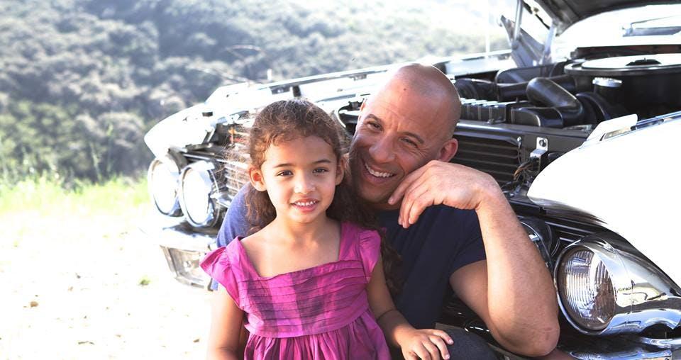 Vin et sa fille, tout sourire