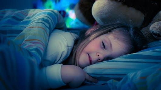 Au secours, mon enfant se réveille la nuit