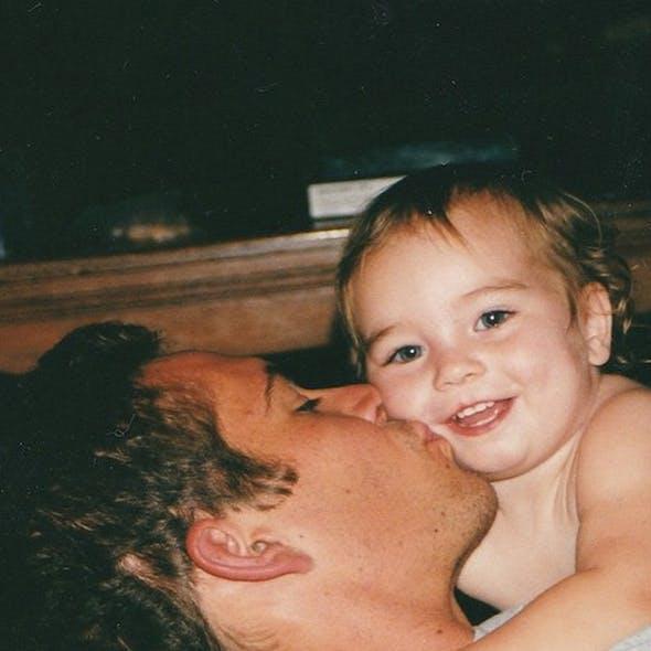 Meadow, la fille de Paul Walker rend hommage à son         père