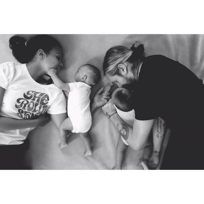 Zoe et Marco Saldana et leurs jumeaux