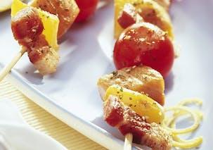 Plat : brochette de saumon aux lardons
