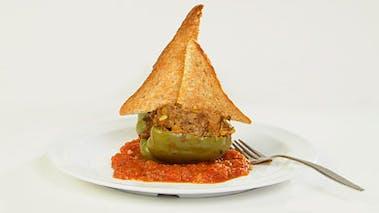 Plat : poivron vert farçi à la viande hachée