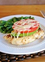 Plat : poulet ,avocat, tomate et haricots verts