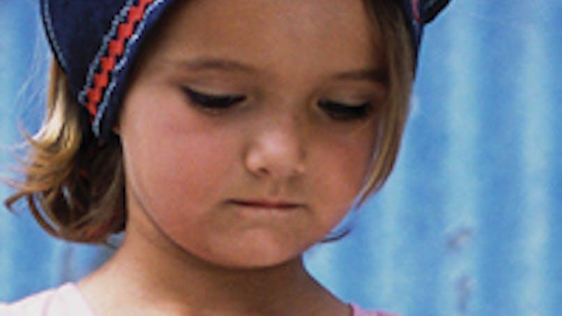 Drôme : une fillette de 3 ans oubliée sur une aire de   repos de l'autoroute A7