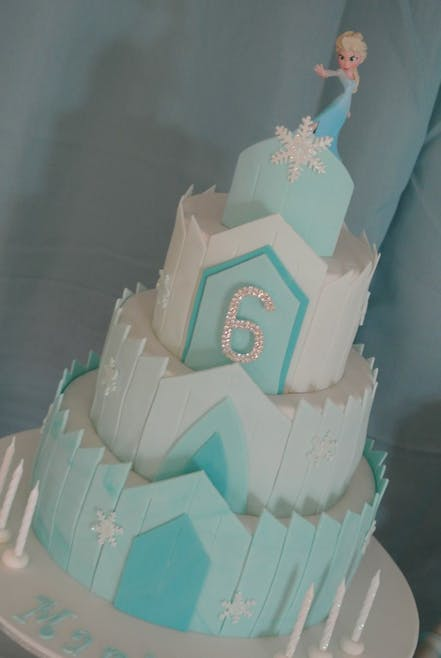 Gâteau château Elsa