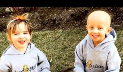 A 5 ans, une petite fille sauve son frère jumeau