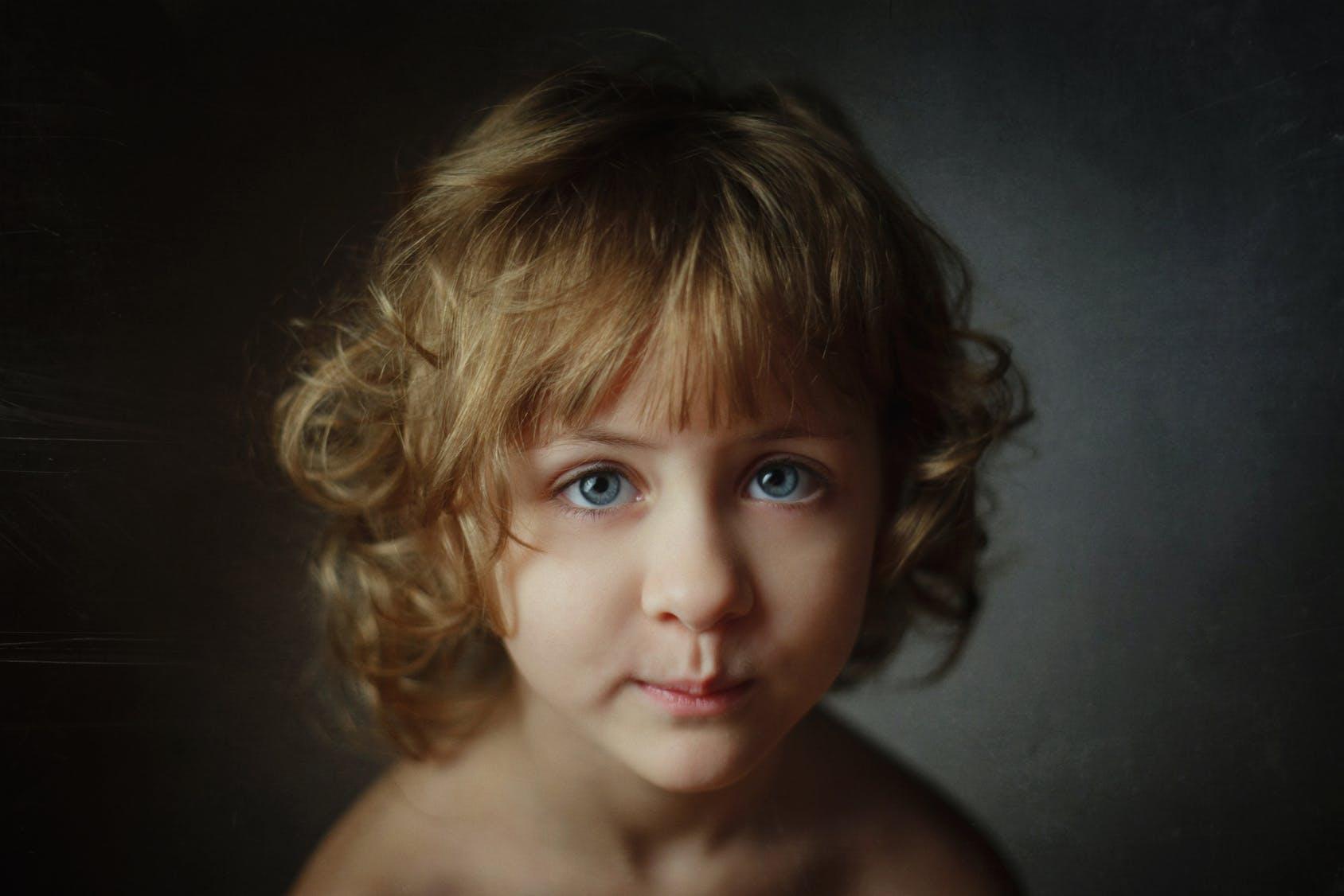 Photos   20 coiffures courtes pour petites filles b5d15162bf6
