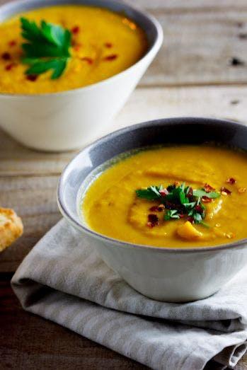 Soupe à la courge butternut et aux poires