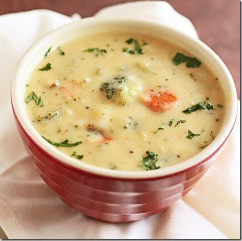 Soupe brocolis cheddar