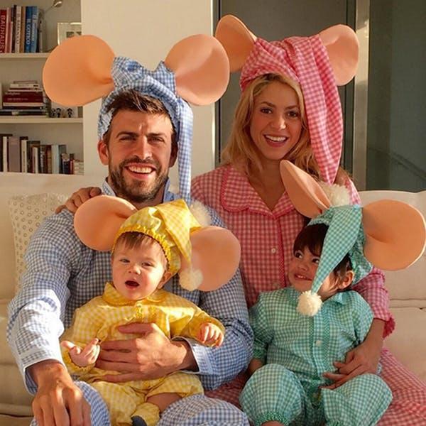 Shakira et sa famille déguisées en souris