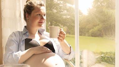 Grossesse : les 7 aliments à limiter