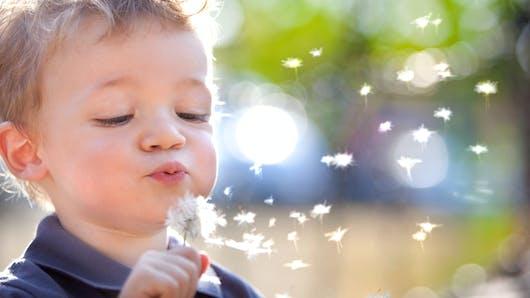 8 idées reçues sur ce qui rend nos enfants heureux