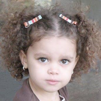 10 coiffures express pour petite fille
