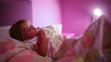 Peur du noir : comment rassurer son enfant ?