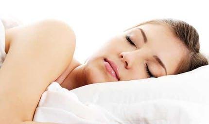 Pourquoi les femmes ont besoin de dormir plus que les   hommes