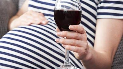 A New York, les bars ne peuvent plus refuser de servir de   l'alcool aux femmes enceintes