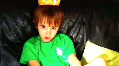 Vidéo : c'est pas si bien d'être un enfant roi !