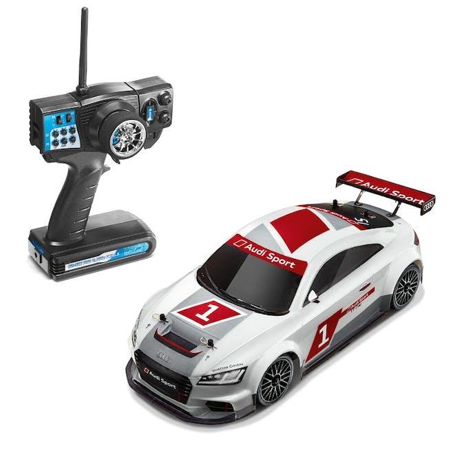 Voiture télécommandée, Audi TT cup 2015 RC 1/10,         349€. Dès 6 ans.