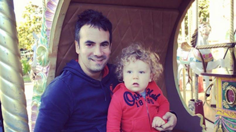 Alex Goude raconte avec émotion la naissance de son fils   par GPA