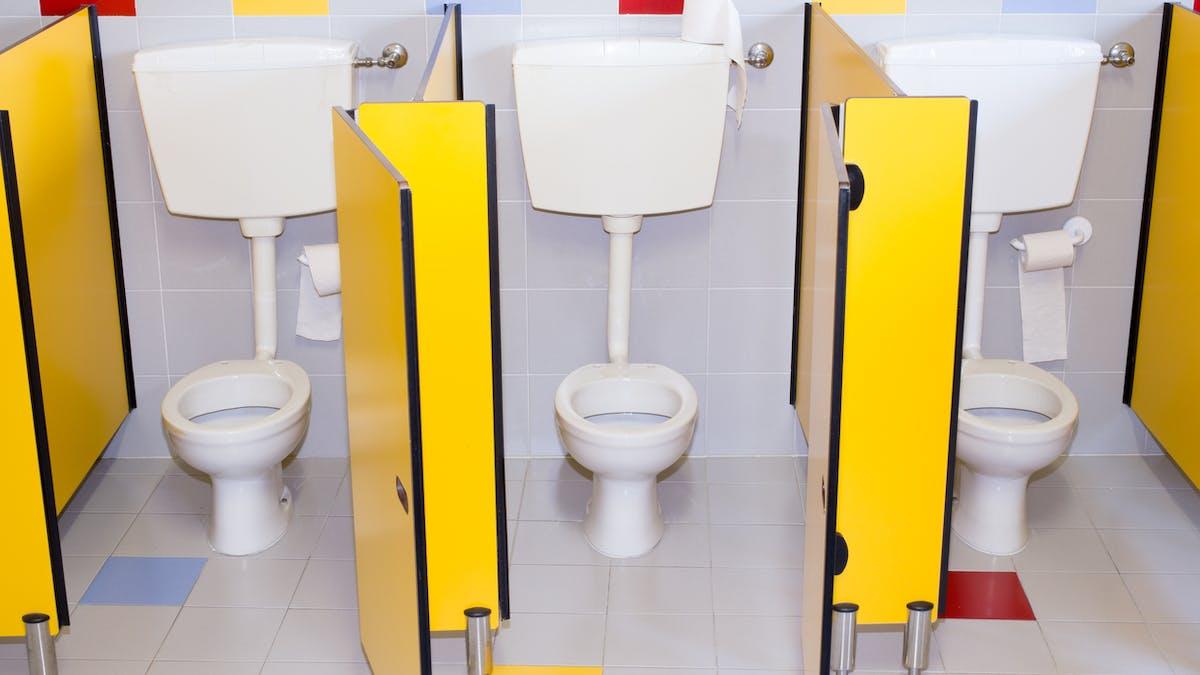 Des toilettes d'école à l'origine de brûlures légères