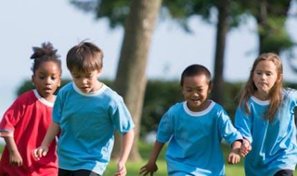 Les enfants physiquement actifs ont moins de risques de dépression
