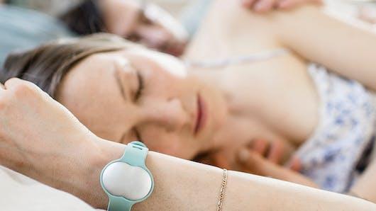 Ava, le bracelet connecté qui vous aide à trouver le bon moment pour faire un bébé