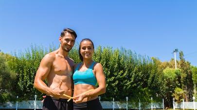 homme et femme et mesure de la taille