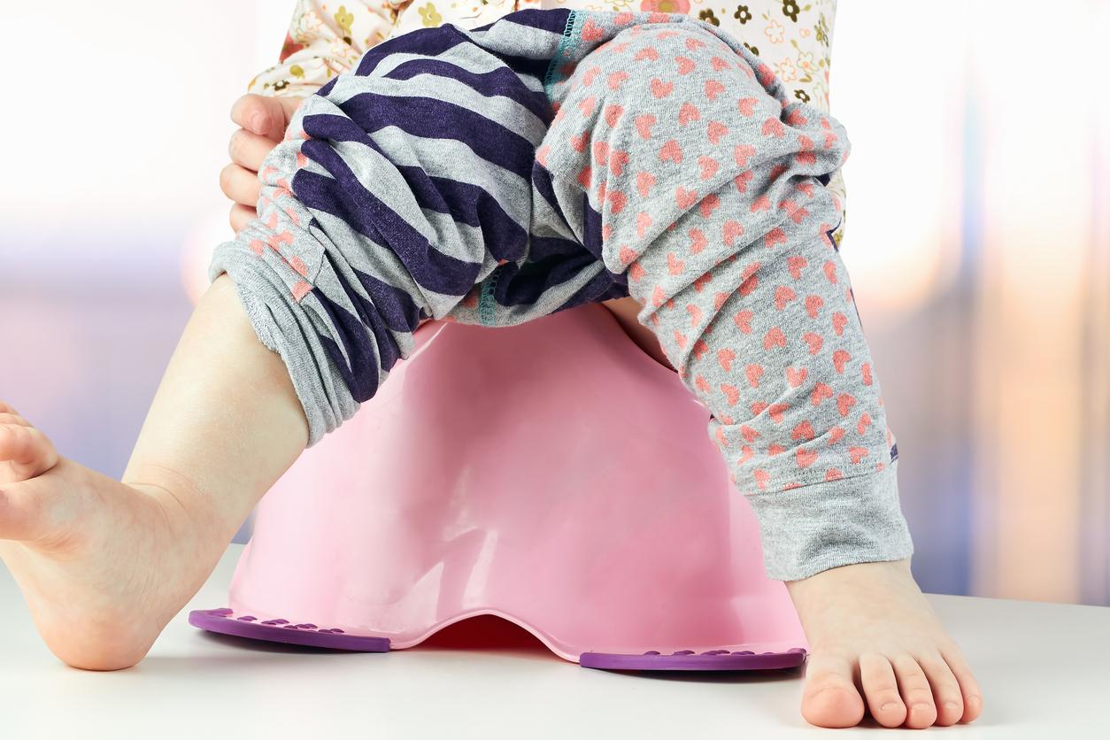 Initier Bébé Au Pot acquisition de la propreté : encouragez votre enfant