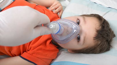 enfant masque anesthésie