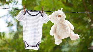 Comment habiller bébé à la naissance ?