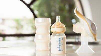 tire lait et biberon lait maternel